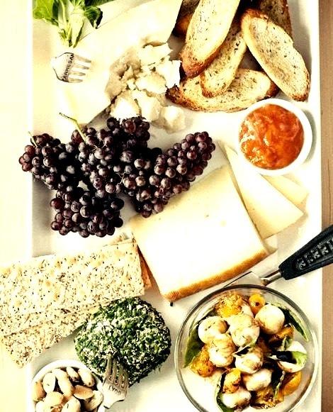 Grapes, Breakfast, Bread