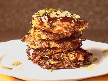 okonomiyaki, japanese vegetable pancakes