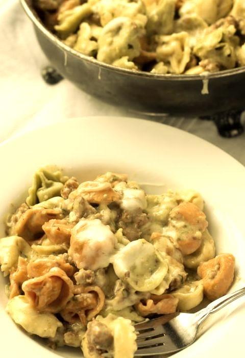 Skinny Creamy Pesto Tortellini